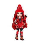 Rainbow High Fashion poupée de la collection Winter Break Ruby Anderson