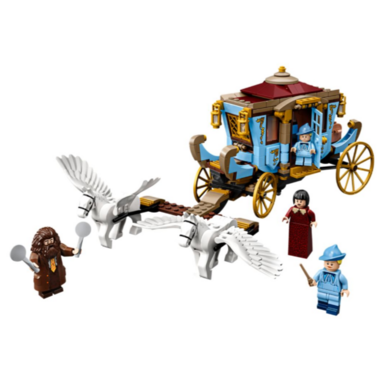 LEGO Harry Potter Beauxbatons\' Carriage: Arrival at Hogwarts