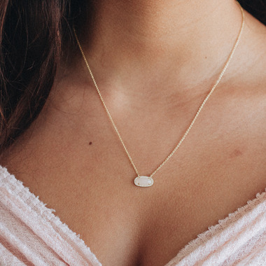 kitsch Guiding Gems Necklace Moonstone