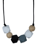 Glitter & Spice Silicone Teething Necklace Brooklyn