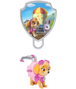Paw Patrol Action Pack Skye and Collectible Pup Badge