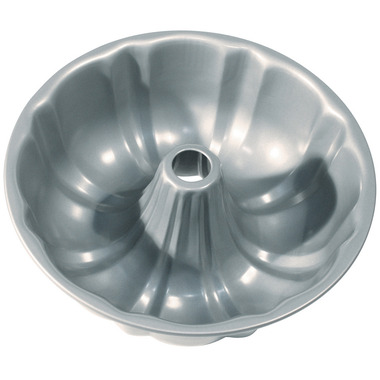 Non-Stick Fluted Pan with Centre Tube