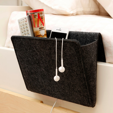 Kikkerland Wireless Bedside Pocket