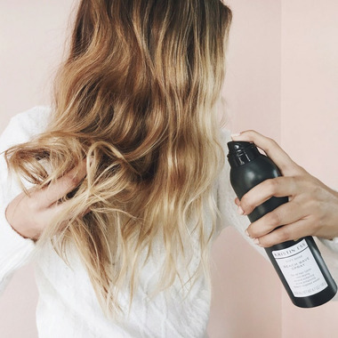 Kristin Ess Hair Soft Shine Beach Wave Spray