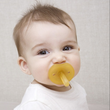 Natursutten Butterfly Natural Rubber Pacifier Round Medium
